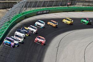 Kyle Busch, Joe Gibbs Racing, Toyota Camry M&M's Fudge Brownie, Ty Dillon, Germain Racing, Chevrolet Camaro GEICO