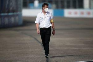 Allan McNish, Team Principal, Audi Sport Abt Schaeffler, walks the track