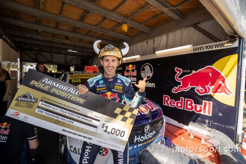 Обладатель поул-позиции Джейми Уинкап, Triple Eight Race Engineering Holden