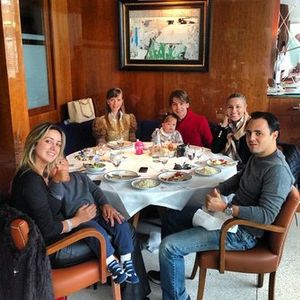 Augusto Farfus com Felipe Massa e respectivas famílias