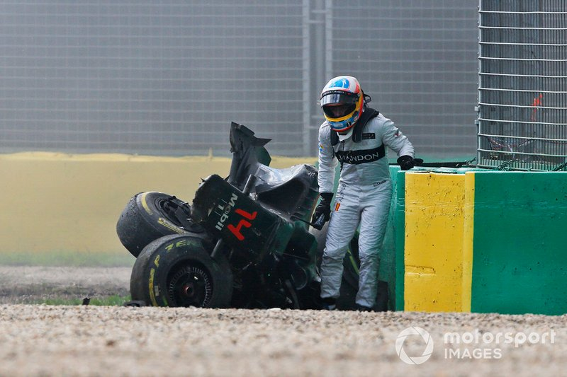 Crash de Fernando Alonso, McLaren MP4-31