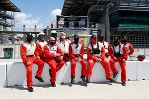The Pit Lane fire crew maintained their perfect record of no cars spontaneously combusting during the pole award
