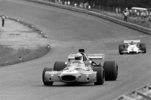 Tim Schenken, Brabham BT33 Ford, Peter Gethin, British Racing Motors P160