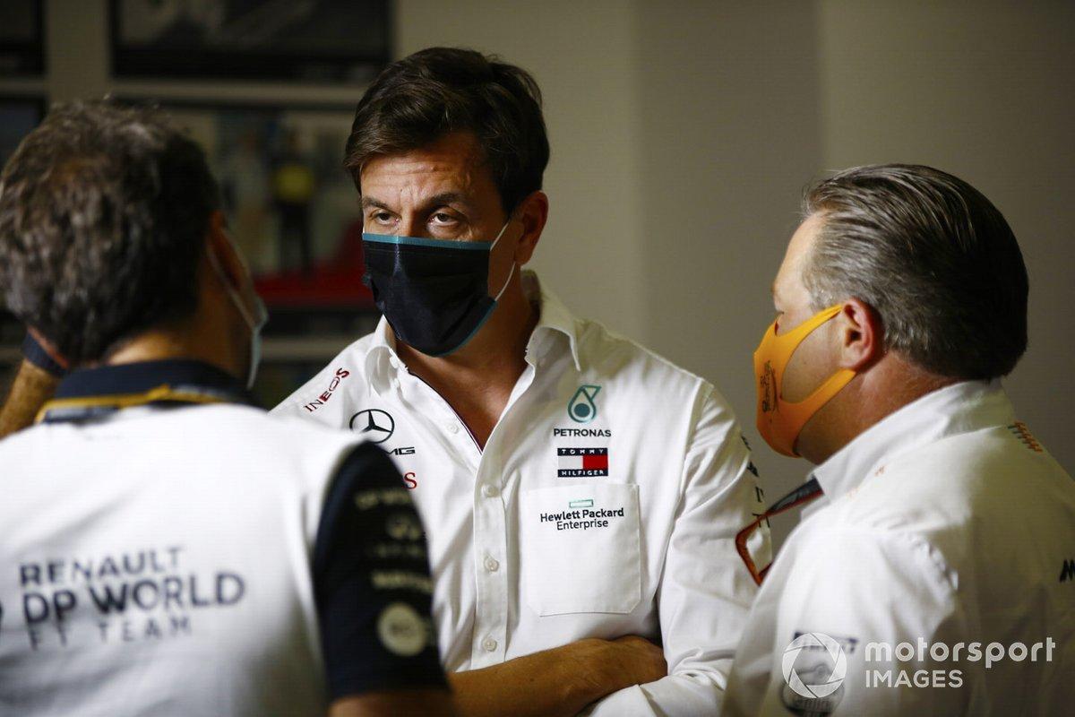 Toto Wolff, Director Ejecutivo Mercedes AMG, Zak Brown, Director Ejecutivo, McLaren y Cyril Abiteboul, Director Gerente, Equipo Renault F1