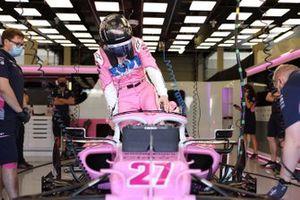 Nico Hulkenberg, Racing Point RP20, climbs into his car