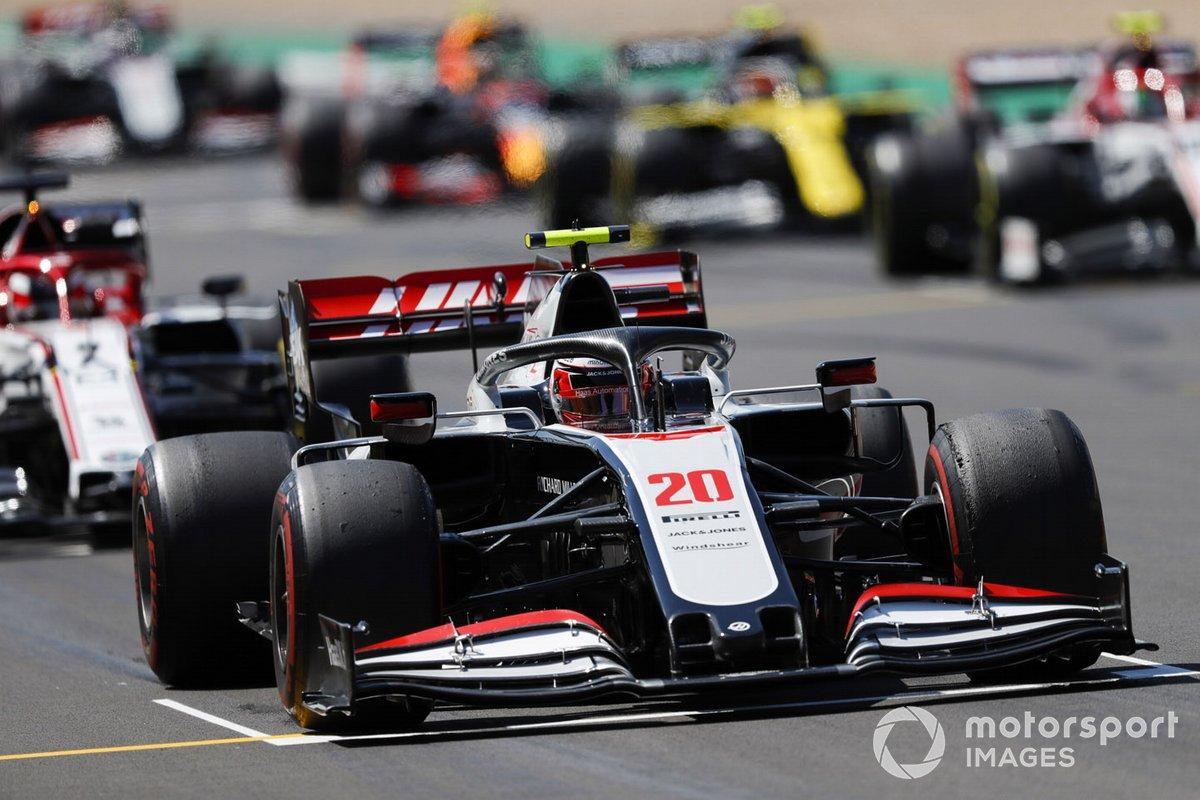 Kevin Magnussen, Haas VF-20, prova la procedura di partenza