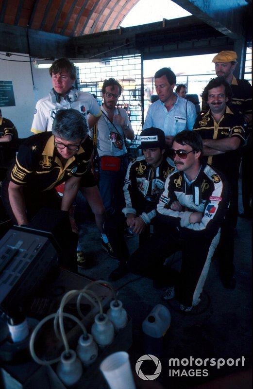 Nigel Mansell, Elio de Angelis and Peter Warr