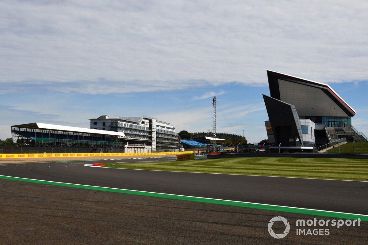 Una vista del circuito de Silverstone
