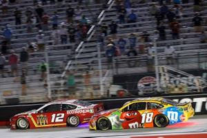 Ryan Blaney, Team Penske, Ford Mustang BodyArmor and Kyle Busch, Joe Gibbs Racing, Toyota Camry M&M's