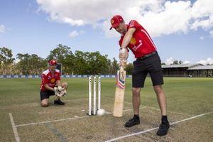 Scott McLaughlin, DJR Team Penske, Fabian Coulthard, DJR Team Penske play cricket