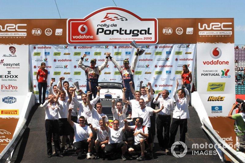 Für das Junior-Team von Citroen bestreitet Ogier 2009 seine erste komplette WRC-Saison. Bei der Akropolis-Rallye in Griechenland fährt er als Zweiter zum ersten Mal auf das Podium. Ein Jahr später feiert Ogier bei der Rallye Portugal seinen ersten WRC-Sieg.