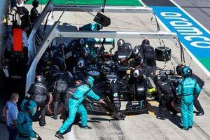 Arrêt au stand de Valtteri Bottas, Mercedes AMG F1 W11