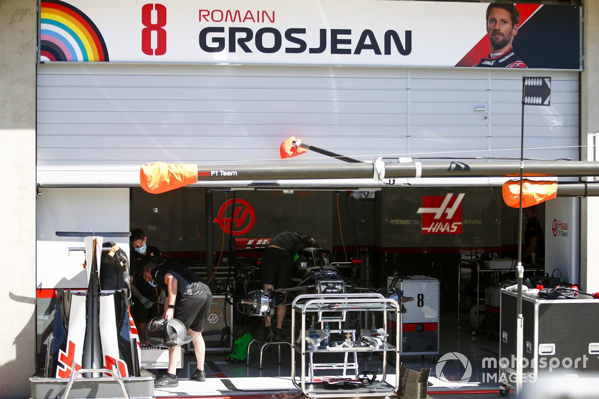 Le garage de Romain Grosjean, Haas VF-20