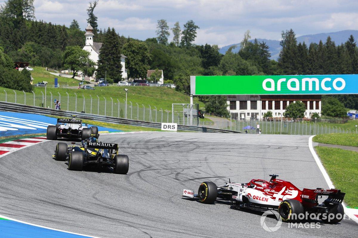 Kevin Magnussen, Haas VF-20, Esteban Ocon, Renault F1 Team R.S.20, Kimi Raikkonen, Alfa Romeo Racing C39