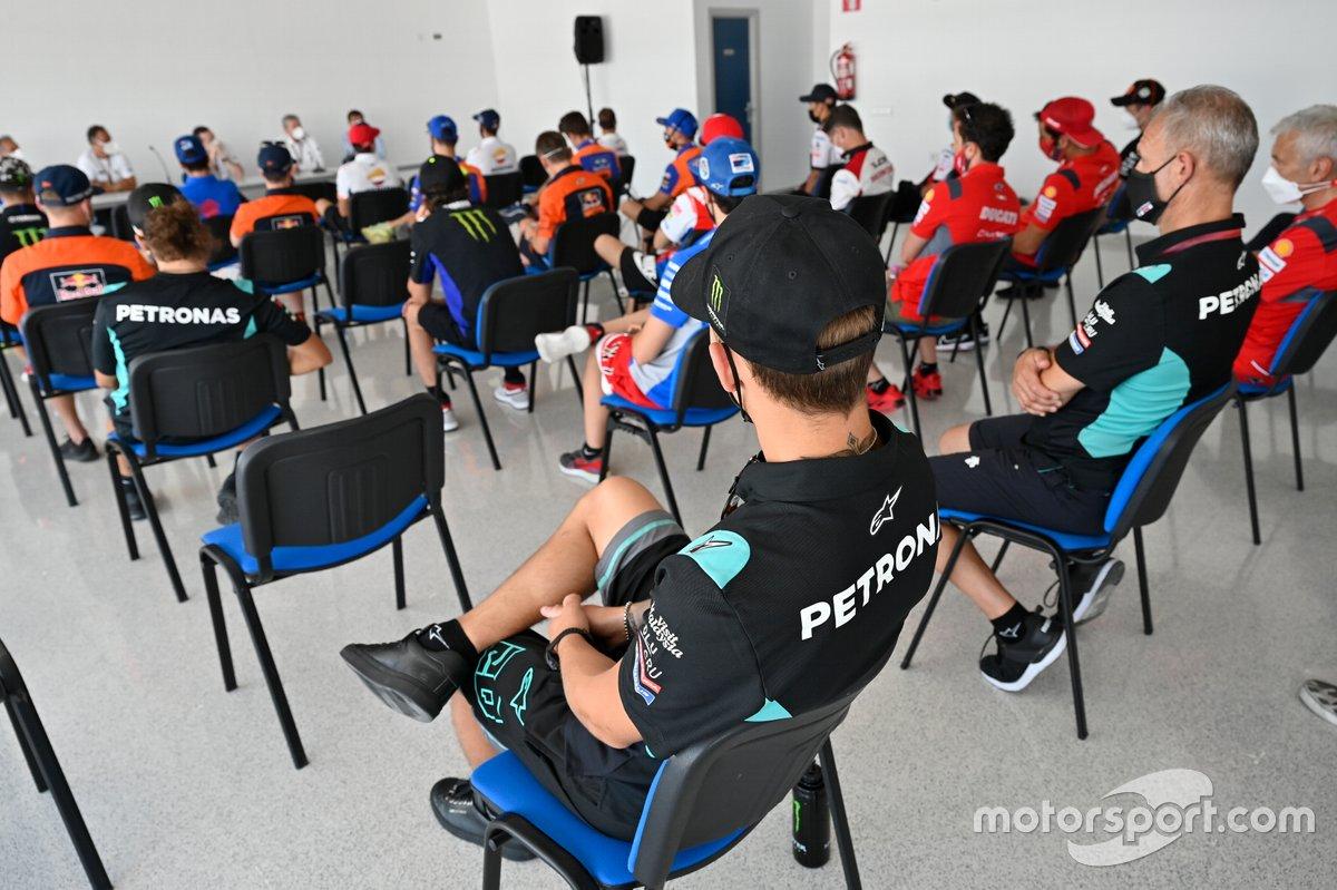 Il briefing dei piloti di MotoGP, Moto2 e Moto3