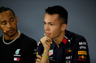 Alex Albon, Red Bull Racing and Lewis Hamilton, Mercedes AMG F1 in the Press Conference