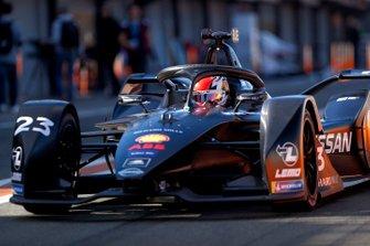 Sébastien Buemi, Nissan e.Dams, Nissan IMO2 in the pit lane