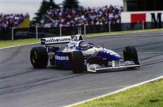 Jacques Villeneuve, Williams FW18, fa un testacoda, al GP d'Australia del 1996