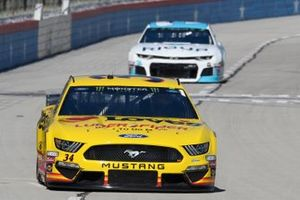 Michael McDowell, Front Row Motorsports, Ford Mustang Love's Travel Stops, Austin Dillon, Richard Childress Racing, Chevrolet Camaro RigUp
