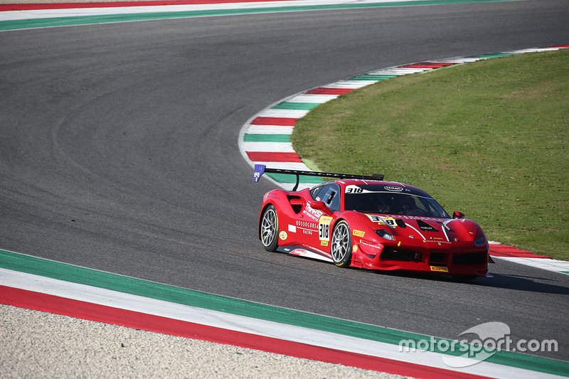 #318 Ferrari 488 Challenge, Ferrari of Central Florida: Robert Picerne