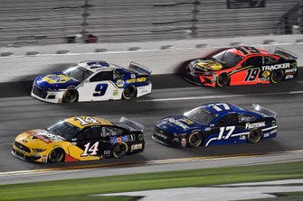 Clint Bowyer, Stewart-Haas Racing, Ford Mustang Rush / Mobil 1, Chase Elliott, Hendrick Motorsports, Chevrolet Camaro NAPA Auto Parts, Chris Buescher, Roush Fenway Racing, Ford Mustang Fastenal, Martin Truex Jr., Joe Gibbs Racing, Toyota Camry Bass Pro Shops