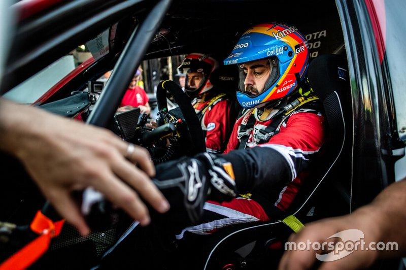 Fernando Alonso, Marc Coma, Toyota Gazoo Racing