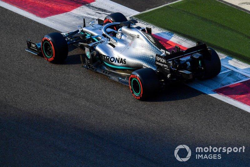 2019: Mercedes AMG W10
