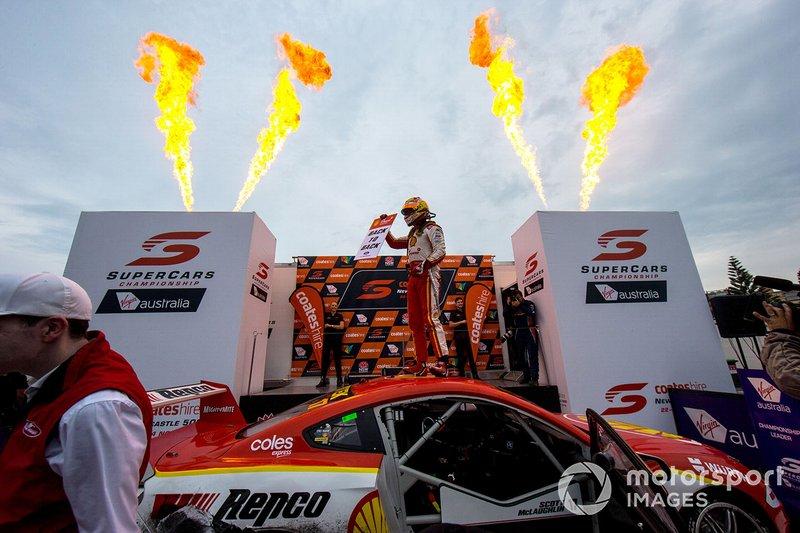 Scott McLaughlin, DJR Team Penske Ford celebrates