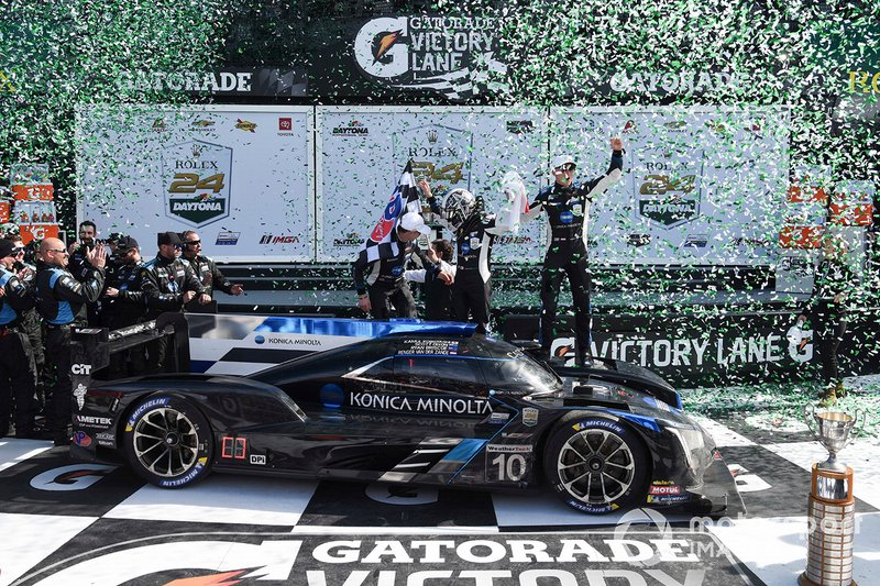 Race winners #10 Wayne Taylor Racing Cadillac DPi-V.R. Cadillac DPi, DPi: Renger Van Der Zande, Ryan Briscoe, Scott Dixon, Kamui Kobayashi