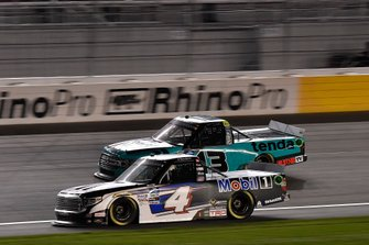 Raphael Lessard, Kyle Busch Motorsports, Toyota Tundra Mobil 1, Johnny Sauter, ThorSport Racing, Ford F-150 Tenda