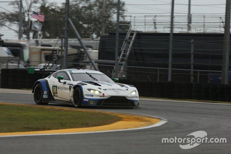 #98 Aston Martin Racing, Aston Martin Vantage GT3, GTD: Paul Dalla Lana, Pedro Lamy, Ross Gunn, Mat Lauda