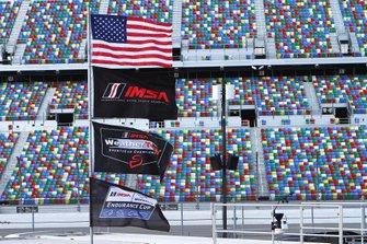 Bandiere dell'IMSA