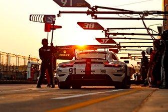 #91 Porsche GT Team Porsche 911 RSR - 19: Gianmaria Bruni, Richard Lietz