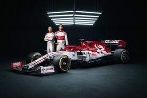 Kimi Raikkonen, Antonio Giovinazzi, Alfa Romeo Racing C39