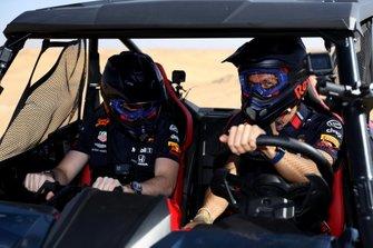Max Verstappen, Alexander Albon, Red Bull Racing, Red Bull Desert Racing at Skydive Dubai