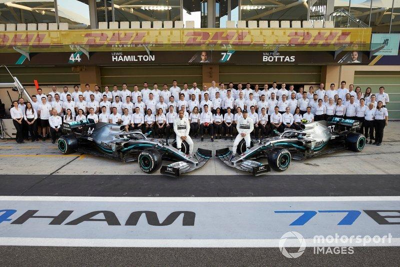 Lewis Hamilton, Mercedes AMG F1, Valtteri Bottas, Mercedes AMG F1, y el Mercedes F1 Team 2019