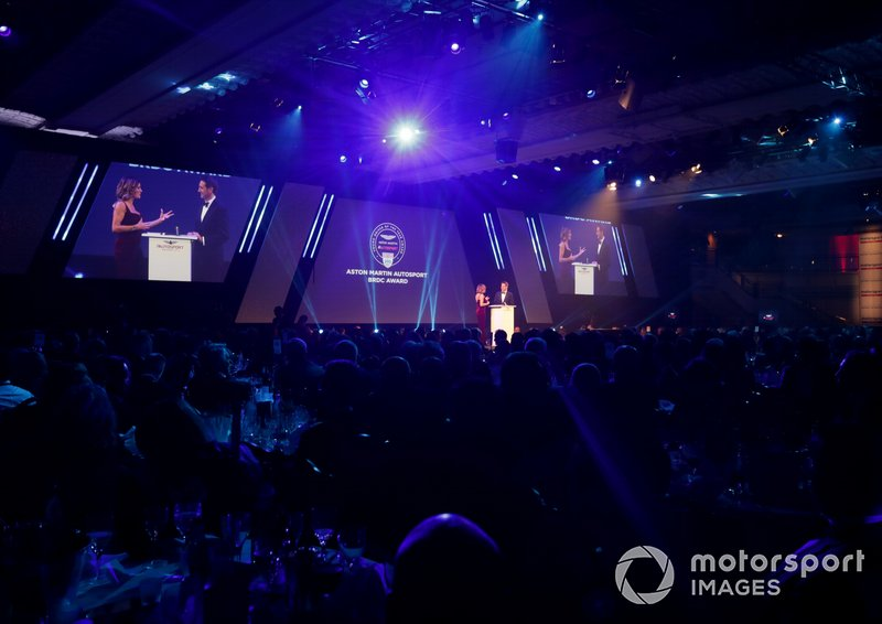 Entrega del premio Aston Martin Autosport BRDC Young Driver Award