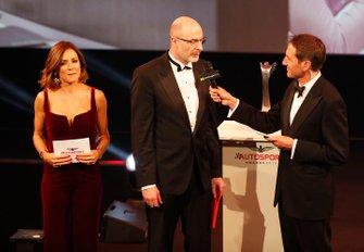Luke Dardis recibe el Premio Williams al Ingeniero del Futuro
