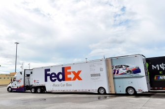 Hauler: NASCAR-Renntransporter von Joe Gibbs Racing