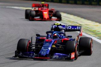 Pierre Gasly, Toro Rosso STR14 and Charles Leclerc, Ferrari SF90