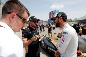 Antonio Felix da Costa, DS Techeetah, DS E-Tense FE20 on the grid with team members