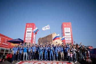 رقم 501 فريق كاماز ماستر: ديمتري سوتنيكوف ورسلان أحمديف وإلجز أخمتزينوف