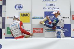 Подиум: Бен Барникот, HitechGP Dallara F312 – Mercedes-Benz, Никита Мазепин, HitechGP Dallara F312 – Mercedes-Benz