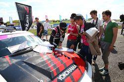 Екатерина Седых, Nissan Silvia S15 раздает автографы