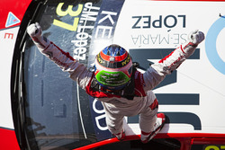 Winnaar José María López, Citroën World Touring Car Team, Citroën C-Elysée WTCC