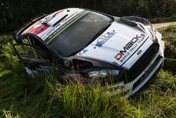 L'auto incidentata di Ott Tanak, Raigo Molder, DMACK World Rally Team