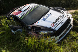 La voiture accidentée d'Ott Tänak, Raigo Molder, DMACK World Rally Team