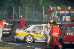 Crash of Michael Schumacher and Johnny Cecotto, Kaercher-AMG Mercedes 190E 2.5-16 Evo II and Frank Biela