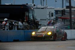 #73 Park Place Motorsports Porsche GT3 R: Patrick Lindsey, Matt McMurry, Jörg Bergmeister stopped on track