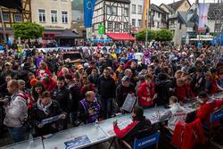 Mehdi Bennani, Sébastien Loeb Racing, Citroën C-Elysée WTCC; Tiago Monteiro, Honda Racing Team JAS,